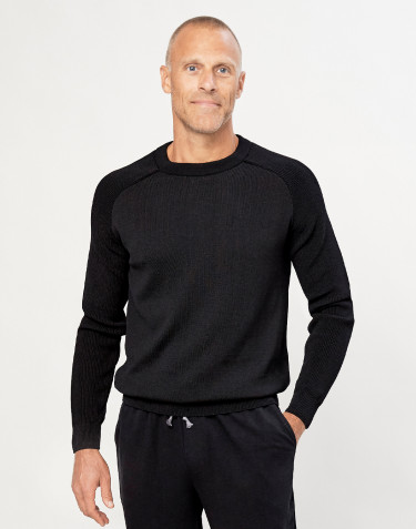 Men's knitted pullover- black