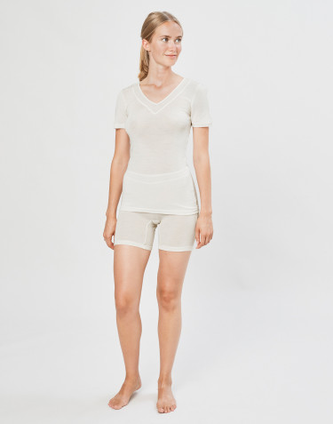 Women's wool/silk blend shorts- nature