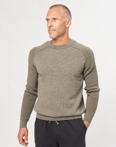Men's knitted pullover- mottled green