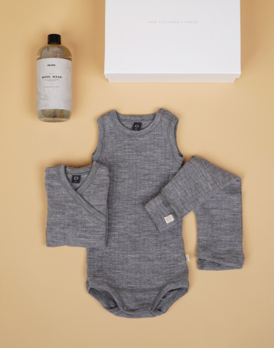 Baby boxes grey size 1-2 Months